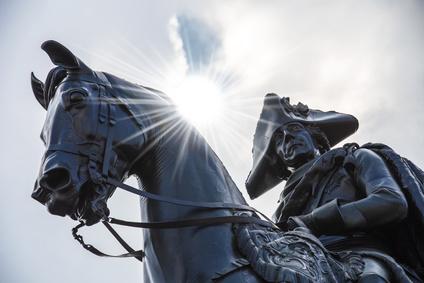 Friedrich der Groe als Reiterstandbild Unter den Linden in Berlin