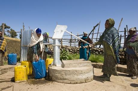 z36 Gesichter Äthiopiens Wasser 04 - neu_MenschenfM.jpg